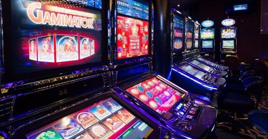 Сыграйте в популярные азартные игровые симуляторы автоматов на игровом портале Maxbet Slots