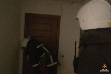 У Тернополі дитина на вікні кликала маму (фото, відео)