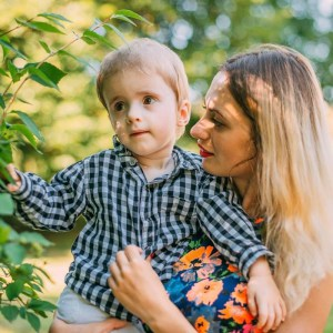 У Тернополі жінку з хворою дитиною не пропустили в лікарні