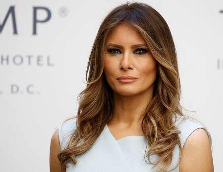 Скатерть-занавеска: В соцсетях высмеяли платье Меланьи Трамп