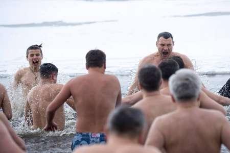 «Не вынырнут»: Виталий Кличко пошутил про Крещение-2019 для киевских чиновников. ВИДЕО