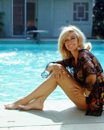В США скончалась обладательница «Оскара» Дороти Мэлоун