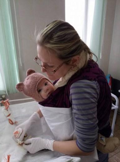Тернополянка з дитиною на руках робила операцію (фото)