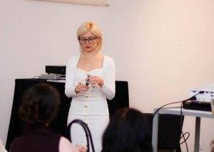 Відома тернопільська стилістка розповіла про свій успіх та поділилася секретами моди (фото)