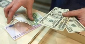 Як змінювався курс долара і євро (інфографіка)