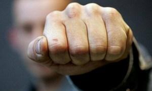 У Тернополі в розважальному закладі побили неповнолітнього