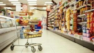 На Тернопільщині продають зіпсовані продукти (фото)