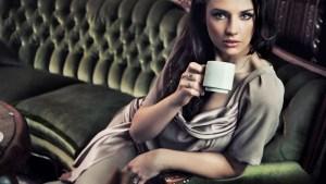 Як вживання кави впливає на розмір жіночих грудей