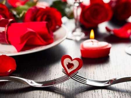 Эксперты составили рейтинг самых популярных подарков в России ко Дню влюбленных