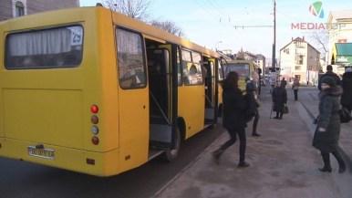 Як у Тернополі пройшов перший день з оновленою схемою проїзду? (фото, відео)