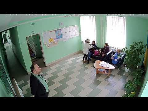 З тернопільської школи ледь не вкрали дитину (фото, відео)