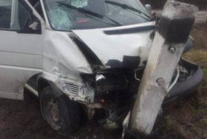 На Тернопільщині священик влаштував аварію (фото)