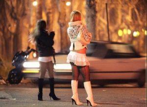 """У Тернополі """"працювали"""" повії з Дніпродзержинська (фото)"""