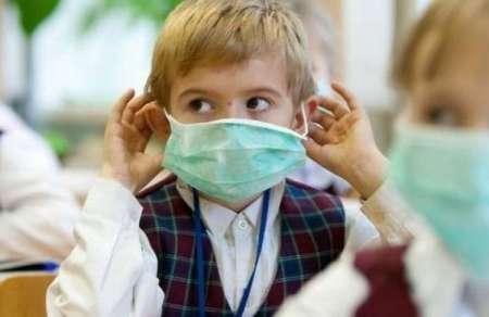Эпидемия гриппа в Петербурге: школьникам младших классов продлили весенние каникулы до 9 апреля