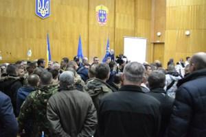 Депутати Тернопільської облради засудили розгін наметового містечка перед парламентом