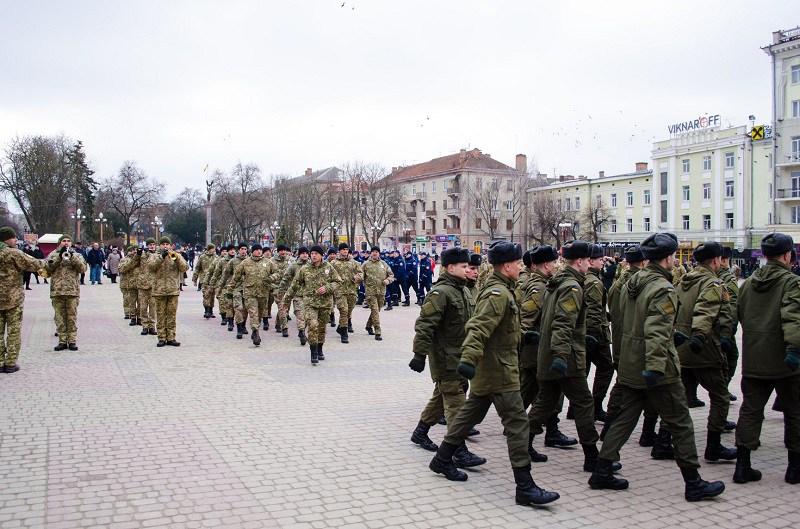 У Тернополі пройшов марш на честь добровольців (ФОТО)