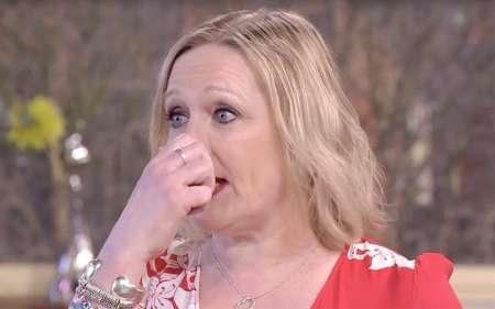 Участница телешоу в Великобритании в прямом оторвала себе нос и вернула его обратно. ВИДЕО