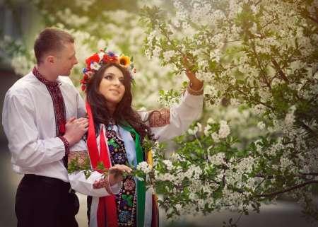 Красная горка 2018: когда празднуют, история, традиции праздника