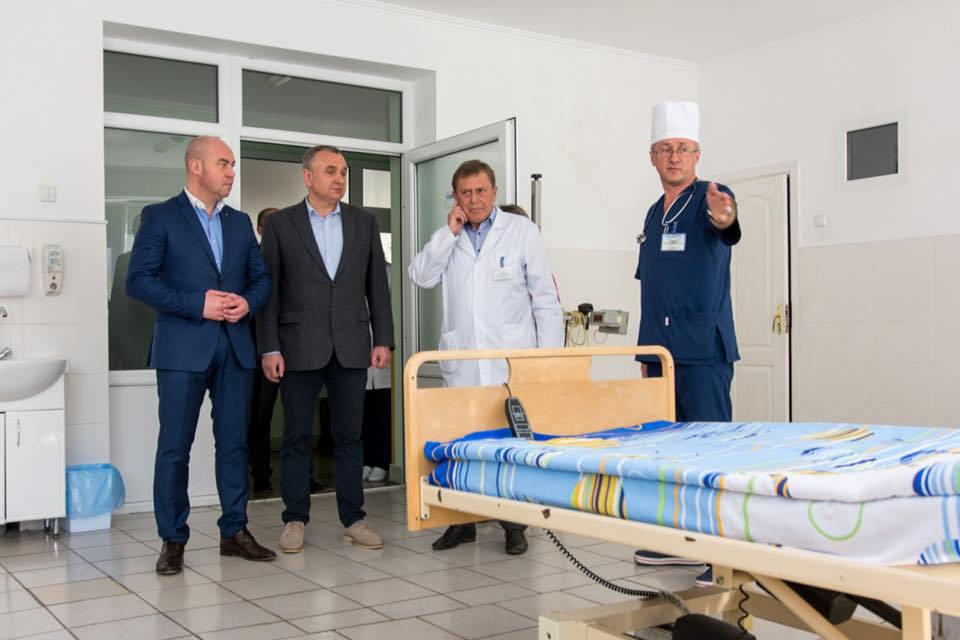Медична реформа«знизу»: у тернопільських лікарнях створюютьдомашні умові