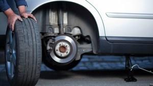 У Тернополі ажіотаж на СТО: водії змінюють зимові шини на літні