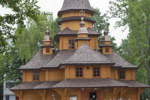 Розклад богослужінь на Благовіщення і Великдень у храмах Тернополя