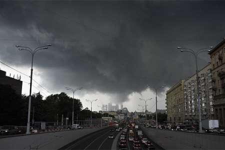 Погода в Москве на выходные: с 5 мая столичный регион накроют грозовые дожди с порывистым ветром