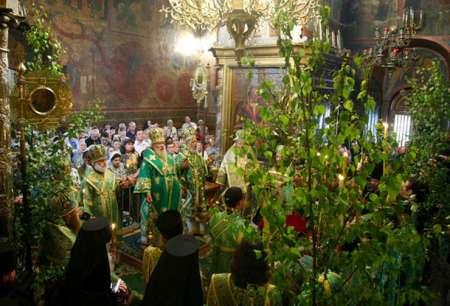 Троица 2018: какого числа, обычаи и традиции праздника, что можно и нельзя делать