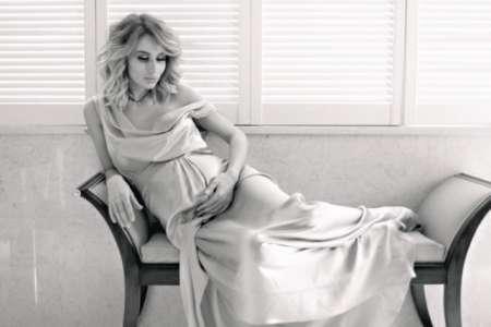 СМИ: Светлана Лобода стала мамой во второй раз — 36-летняя певица родила дочку в Лос-Анджелесе