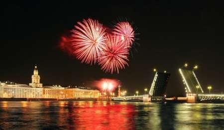 Салют на день города Санкт-Петербург 2018: когда начинается, где смотреть