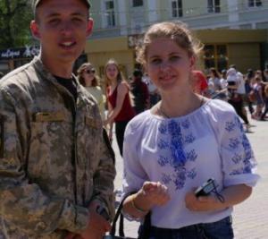 У Тернополі військовослужбовці 44-ї артилерійської бригади пройшли урочистим маршем