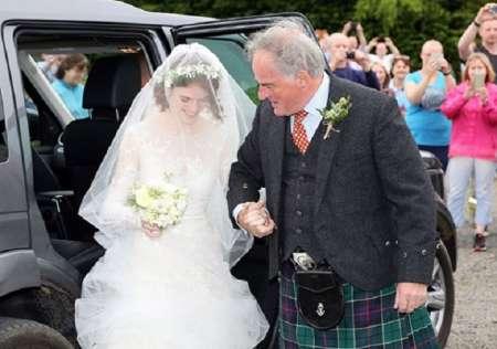 Звезды «Игры престолов» Кит Харингтон и Роуз Лесли сыграли свадьбу