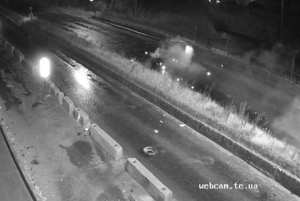 З'явилось відео жахливої аварії у Тернополі на перехресті, де постраждала неповнолітня (ВІДЕО)