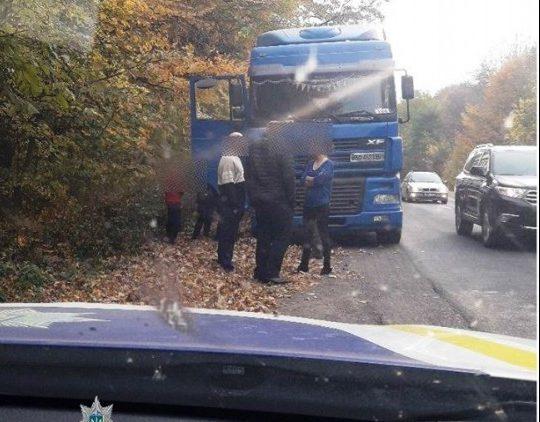 На Тернопільщині п'яний водій керував вантажівкою і порушував правила (ФОТО)