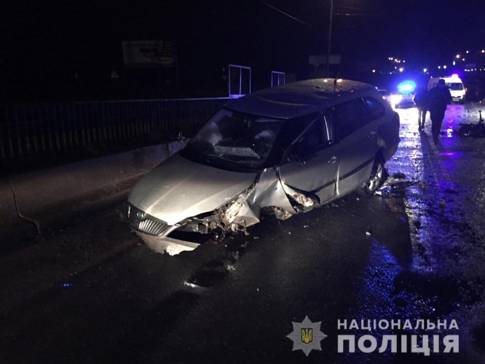 Розтрощена автівка, 15-річна у лікарні: наслідки ДТП на Гаївському перехресті (ФОТО)