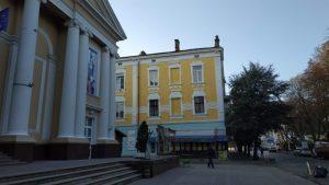У Тернополі оновили фасад легендарної будівлі (ФОТО)
