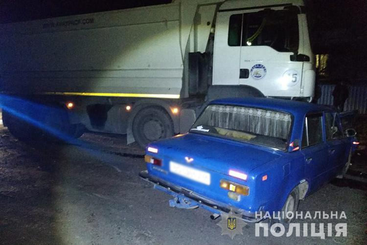 """На Тернопільщині зіткнулась вантажівка MAN """"Авакс-проф"""" із """"Жигулями"""" (ФОТО)"""