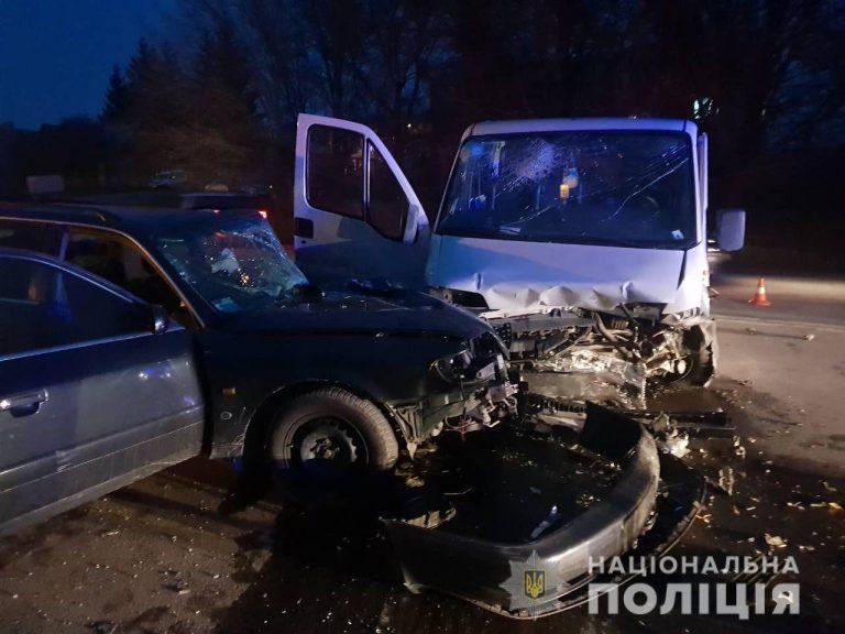 На Тернопільщині п'яний водій розтрощив дві автівки (ФОТО)