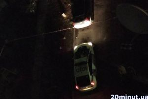 У під'їзді багатоповерхівки у спальному районі Тернополя виявили бойову гранату