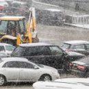Українські міста потерпають від сніжного колапсу