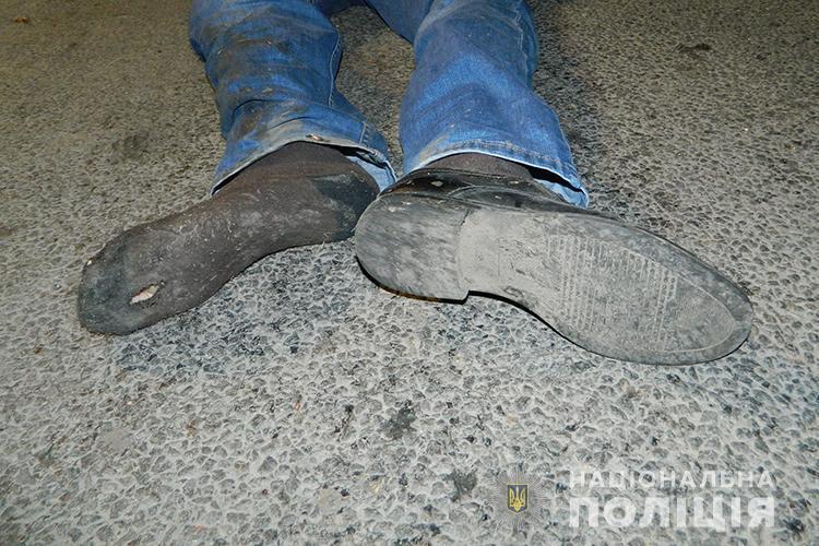 Смертельна аварія на Тернопільщині: чоловіка переїхав Volkswagen Touareg (ФОТО +18)