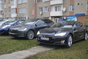 Де у Тернополі можна зробити тест-драйв відомих електрокарів розповіла блогерка Наталя Литвин