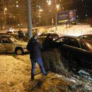 У Тернополі ДТП на кільці: від удару автомобіль викинуло з дороги (ФОТО)