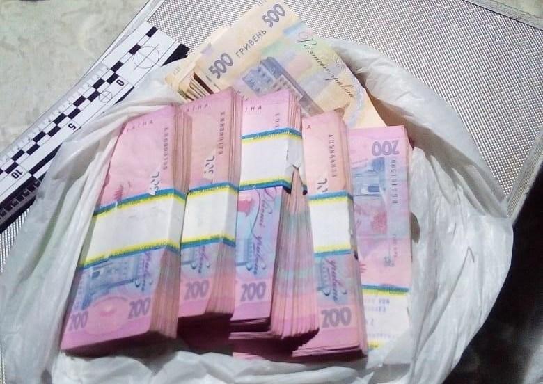 У Чернівцях пограбували бізнесмена з Тернопільщини: викрали велику суму (ФОТО)