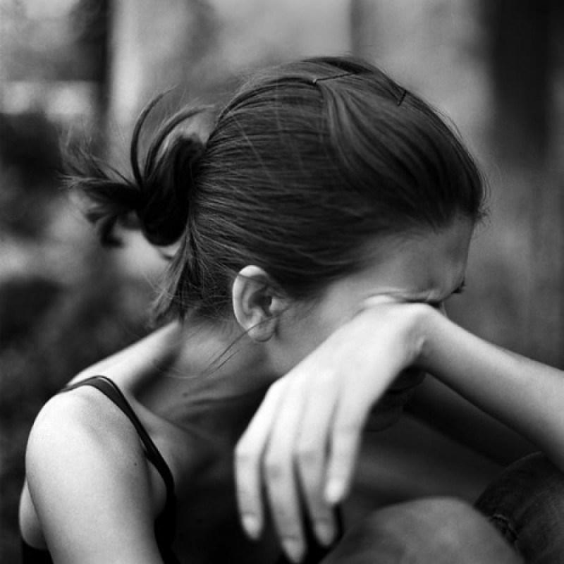 На Тернопільщині п'яна дівчина намагалася вкоротити собі віку