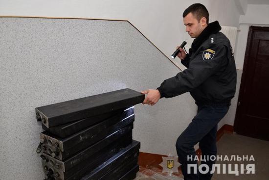 У Тернополі злодії у ковші трактора вивезли з м'ясокомбінату майна на 40000 гривень (ВІДЕО)