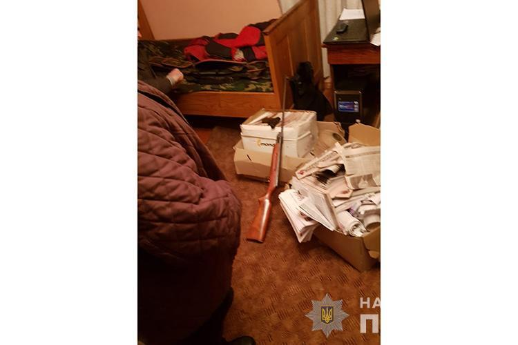 Стрілянина біля Тернополя: чоловік пострілом у голову вбив товариша (ФОТО)