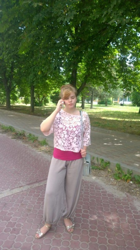 У Тернополі 16-річна дівчина вийшла з дому і пропала (ФОТО)