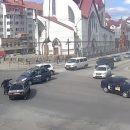 """""""Махач"""" у Тернополі на дорозі: агресивний водій витягнув биту до порушника правил (ВІДЕО)"""