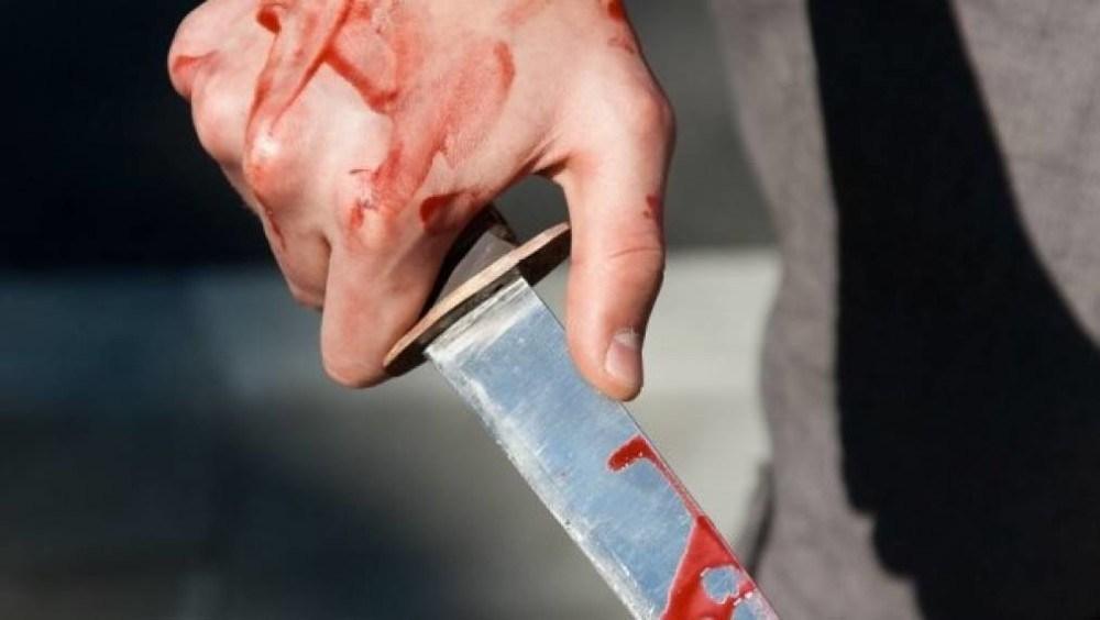 На Тернопільщині чоловік підрізав кухонним ножем знайомого