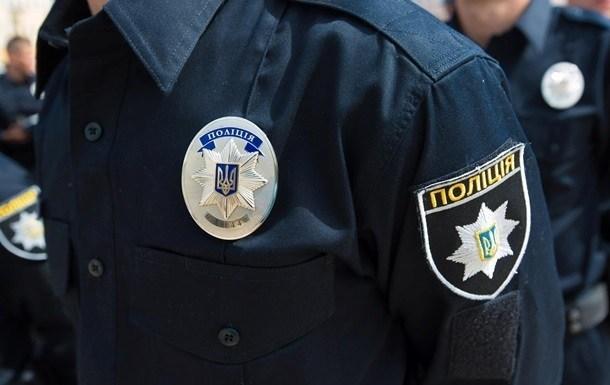 На Тернопільщині п'яний водій побив поліцейського камерою